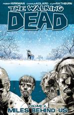 Couverture de l'album VO THE WALKING DEAD Tome #2 Miles behind Us