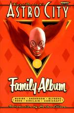Couverture de l'album ASTRO CITY Tome #2 Family Album